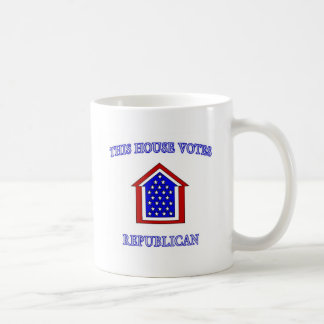 Esta casa vota al republicano tazas
