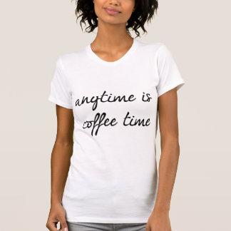 Está en cualquier momento el tiempo del café playera
