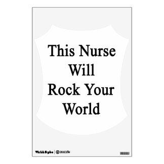 Esta enfermera oscilará su mundo