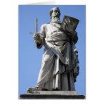 Esta estatua de Saint Paul está en el sitio derech Felicitaciones