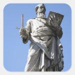 Esta estatua de Saint Paul está en el sitio Calcomanías Cuadradases