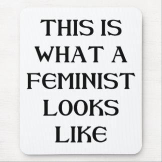 Esta feminista alfombrillas de ratones