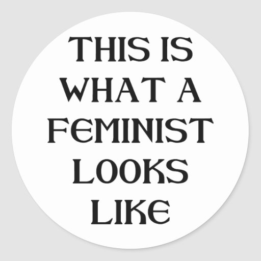 Esta feminista pegatina redonda