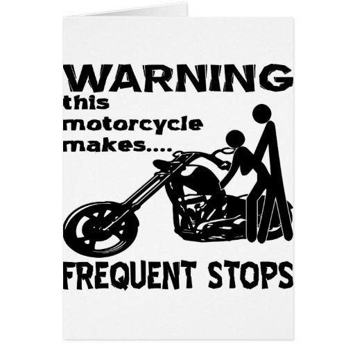 Esta motocicleta hace paradas frecuentes (para el  tarjetas