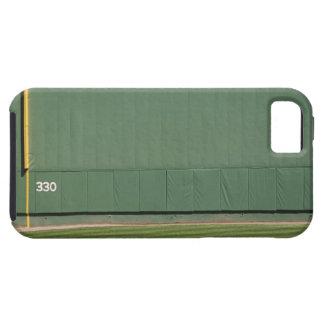 Esta pared se conoce como 'el monstruo verde. iPhone 5 cárcasas