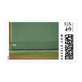 Esta pared se conoce como 'el monstruo verde. sello postal