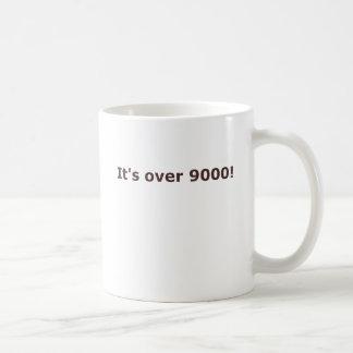 ¡Está sobre 9000! Taza