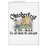 Está todo sobre el regalo del Oom-pah Oktoberfest Tarjeta De Felicitación