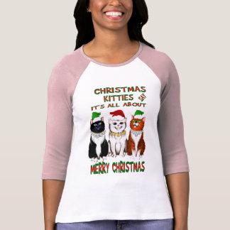 Está todo sobre la camisa de las Felices Navidad