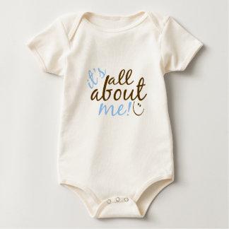 Está todo sobre mí body de bebé