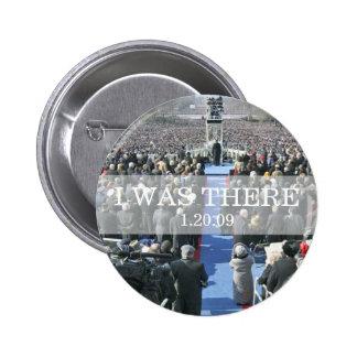 ESTABA ALLÍ: Muchedumbre en la ceremonia de la ina Pin Redondo 5 Cm