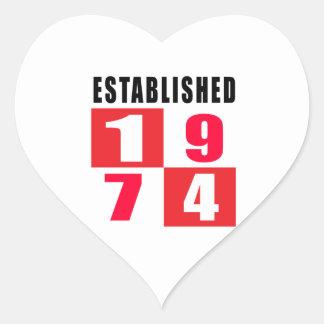 Establecido 1974 diseños del cumpleaños pegatina en forma de corazón