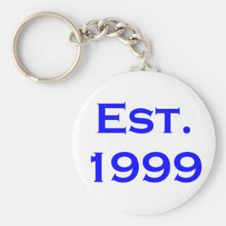 establecido 1999 llavero redondo tipo pin