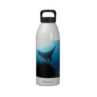 Estación azul de la limpieza del océano del rayo d botella de beber