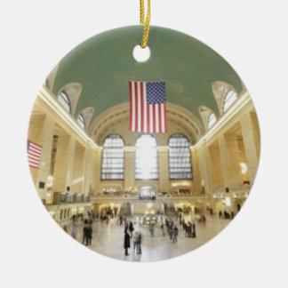Estación central magnífica adorno navideño redondo de cerámica