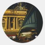 Estación central magnífica - noche - New York City Etiquetas Redondas