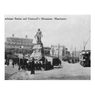 Estación de intercambio y el monumento de Cromwell Postal