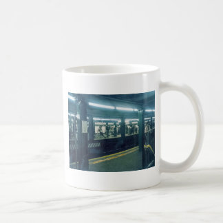 Estación de metro taza de café