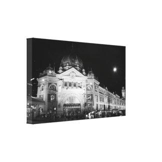 Estación del Flinders, lona negra y blanca de Melb Impresión En Lona