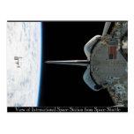 Estación espacial de la postal de la lanzadera