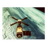 Estación espacial de Skylab en espacio Tarjetas Postales