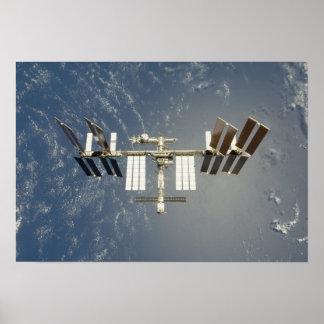 Estación espacial internacional backdropped póster