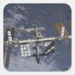 Estación espacial internacional en órbita pegatina cuadrada