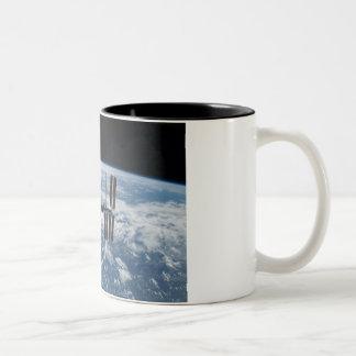 Estación espacial internacional -- Visto de la Atl Taza De Café