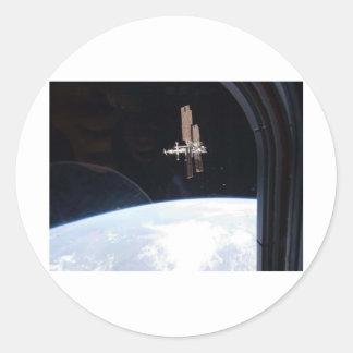 Estación espacial internacional -- Visto de la Pegatina Redonda