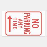 Estacionamiento prohibido (dejado) pegatina rectangular