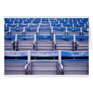 Estadio vacío tarjeta de felicitación