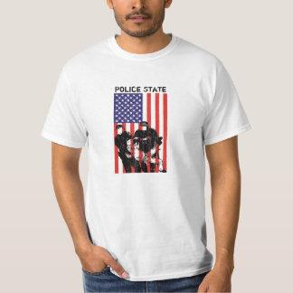 Estado policial apenado de la bandera americana remera