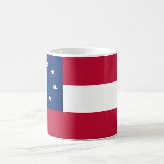 Estados confederados de la bandera de América Taza Básica Blanca