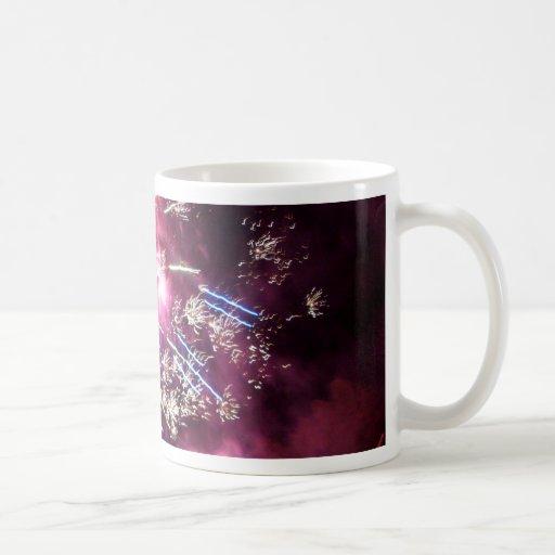 Estallar resplandor tazas de café