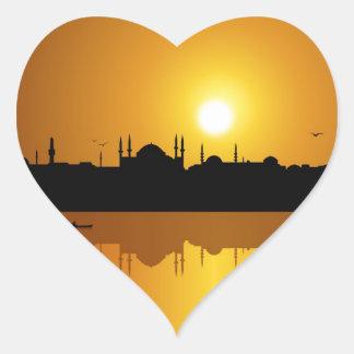 Estambul y puesta del sol pegatina en forma de corazón