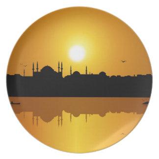 Estambul y Sunset.jpg Plato De Comida