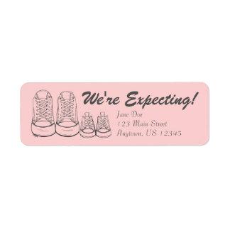 Estamos contando con etiquetas de la invitación de etiqueta de remitente