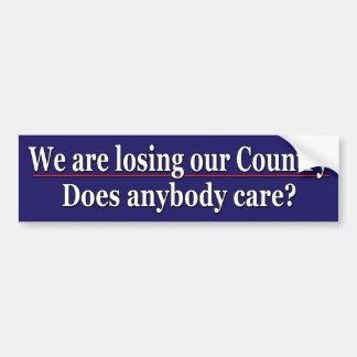 Estamos perdiendo nuestro país etiqueta de parachoque