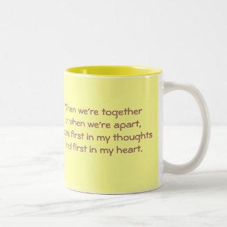 Estamos separados taza de café de dos colores