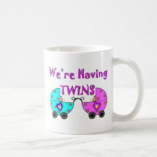 Estamos teniendo TWiINS Taza De Café