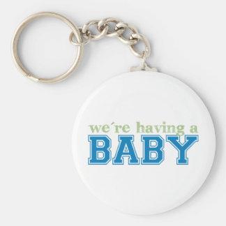 ¡Estamos teniendo un bebé! Llavero Redondo Tipo Pin