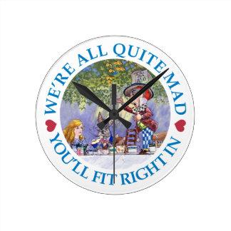 ¡Estamos todo el muy enojados, usted cabremos a la Reloj Redondo Mediano