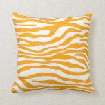 Estampado de animales anaranjado ambarino de la ce almohada