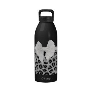 Estampado de animales blanco negro femenino y arco botella de agua reutilizable