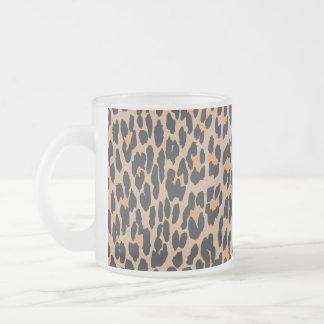 Estampado de animales, leopardo manchado - negro taza de café esmerilada