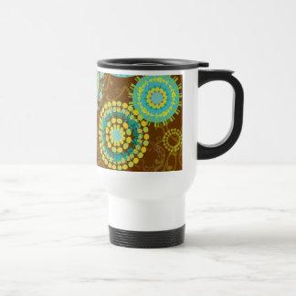 Estampado de flores abstracto retro enrrollado de  taza