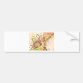 Estampado de flores amarillo con remolinos rosados etiqueta de parachoque