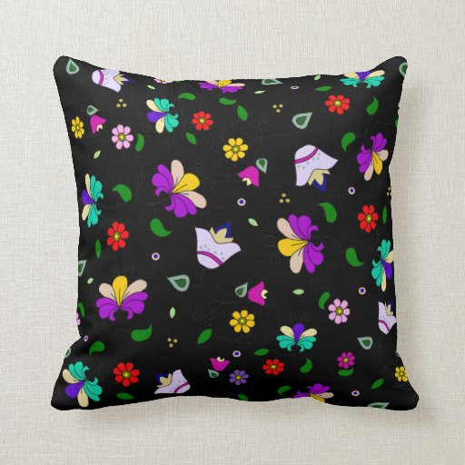 estampado de flores Armenio-inspirado - negro Cojín Decorativo