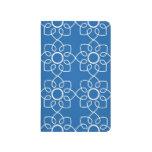 Estampado de flores blanco moderno en azul cuadernos grapados