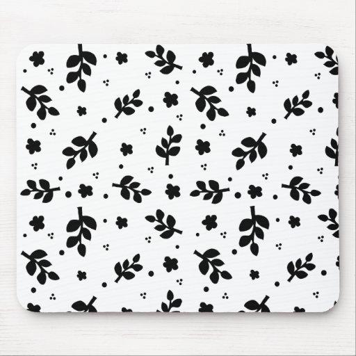 Estampado de flores blanco y negro alfombrilla de raton